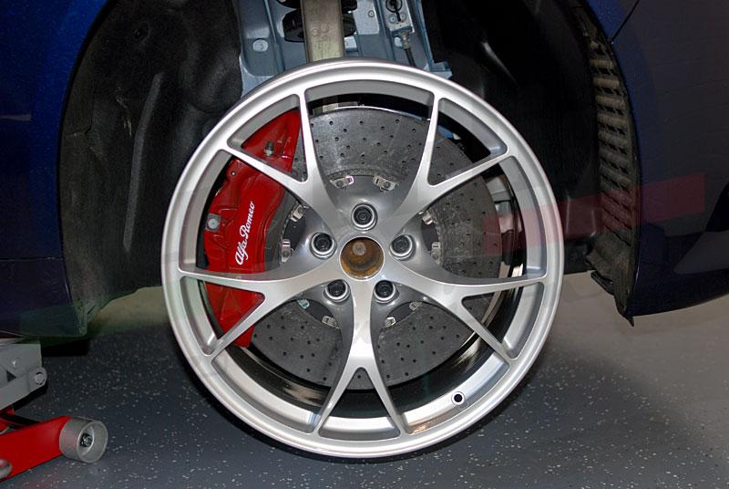 alfa romeo giulia forum view single post carbon ceramic brakes with tecnico wheels. Black Bedroom Furniture Sets. Home Design Ideas